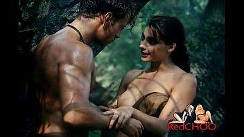 الجنس في الغابة مع امرأة متحمسة جدا مجنونة حول الجنس