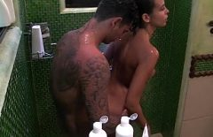 اللعنة زوجين عندما أستحم