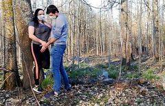 الجنس في الغابة مع زوجين يرتدون أقنعة