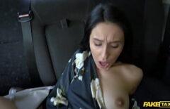 يلعب مع اخته صغيرة ميلفات تخان Egyptian anal